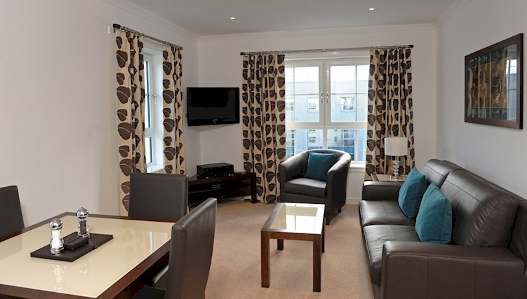 Grove Executive By Fountain Court Apartments